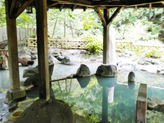 Kaniyu Onsen Kaniyu Onsen  open-air bath for women only